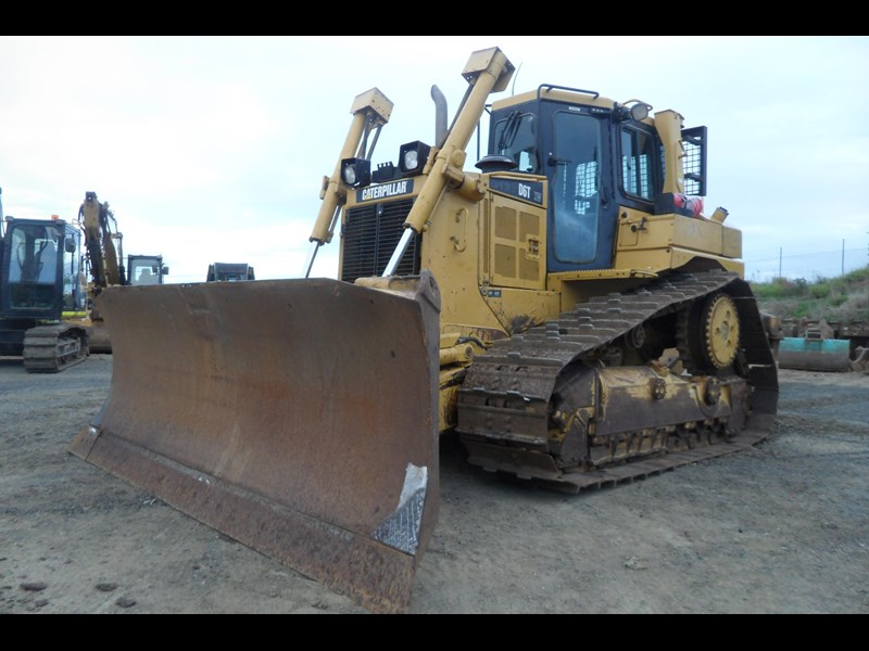 caterpillar d6t xw 395213 012