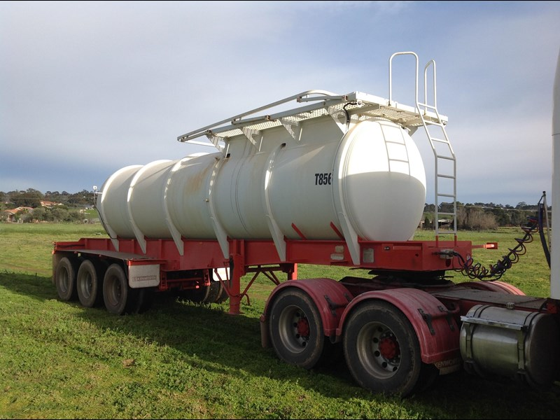howard porter stainless steel  316 triaxle tanker 420211 001