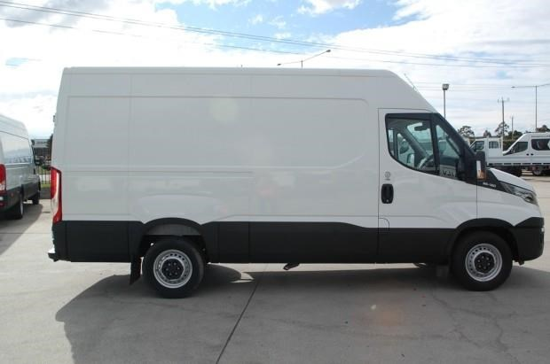 iveco daily 35s13 420463 009