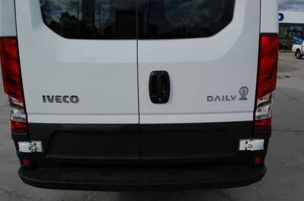 iveco daily 35s13 420463 013