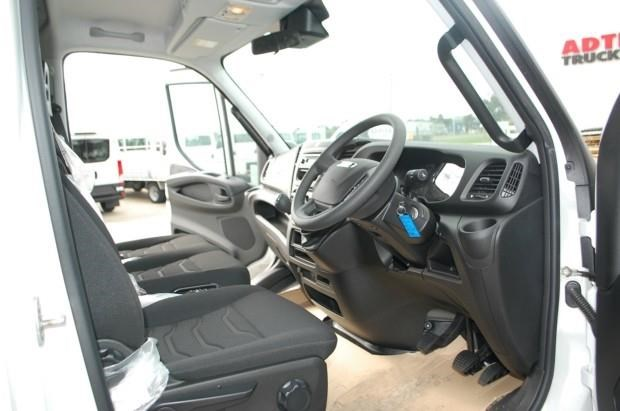 iveco daily 35s13 420463 029