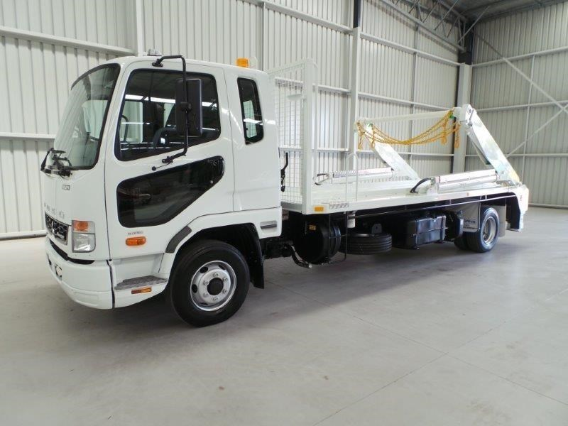 fuso fighter 1024 323816 037