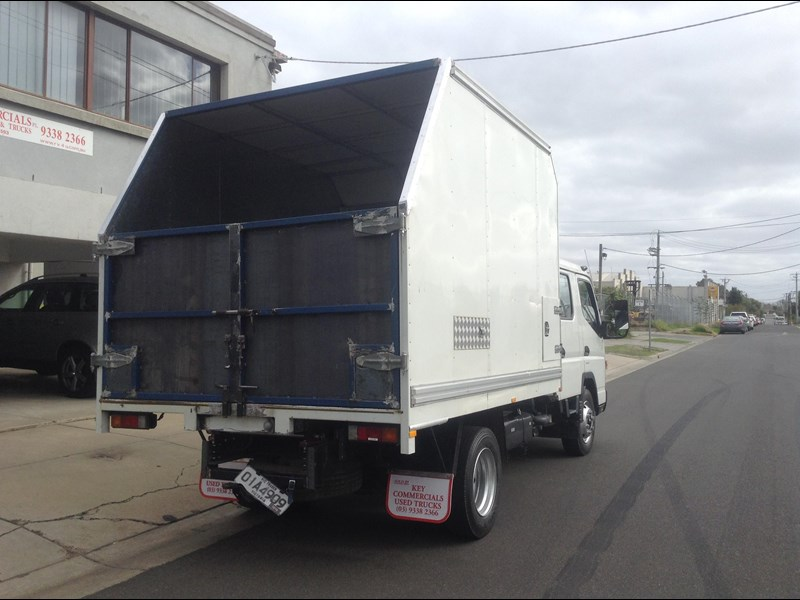 fuso canter 420863 003