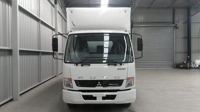 fuso fighter 1024 381312 024