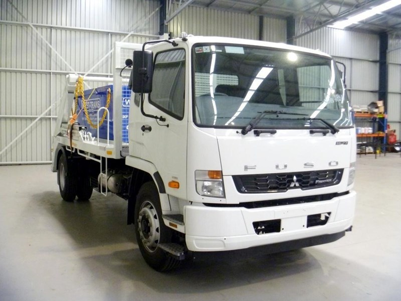 fuso fighter 1627 198662 018