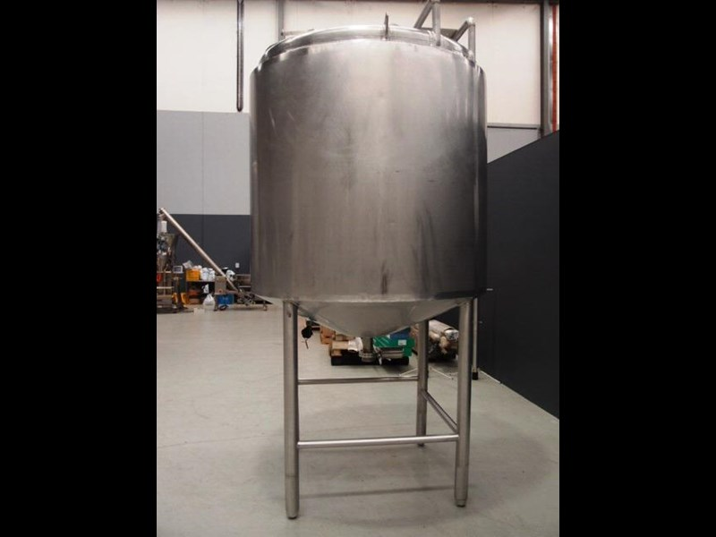 stainless steel storage tank 3,000lt 419902 003
