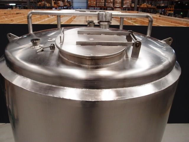stainless steel storage tank 3,000lt 419902 007