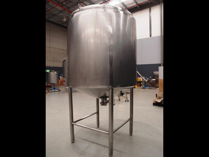stainless steel storage tank 3,000lt 419885 003