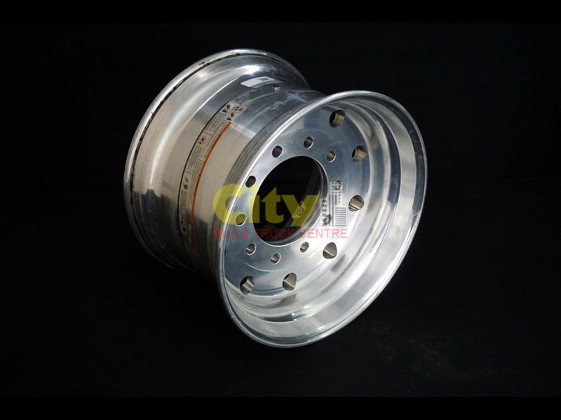 alcoa wide base alloy rims - (replaces duals) 421714 007