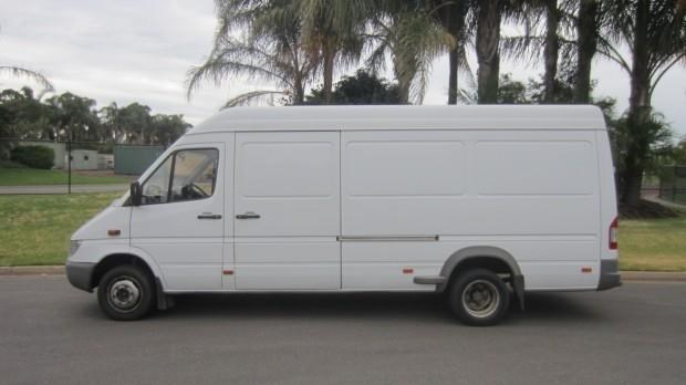 mercedes-benz sprinter 416 cdi 421802 009
