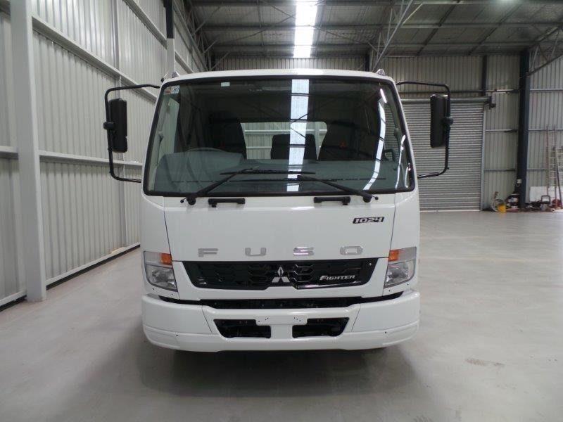 fuso fighter 1024 380770 051