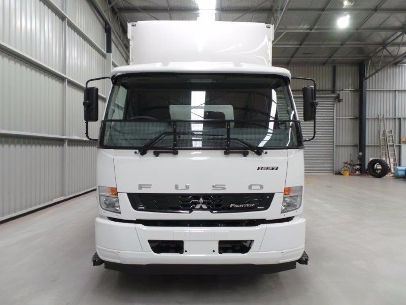 fuso fighter 1627 320490 057