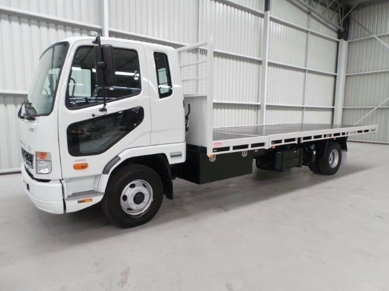 fuso fighter 1024 380330 045