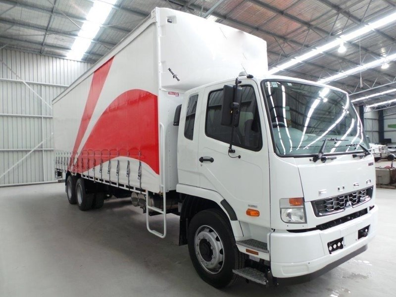 fuso fighter 2427 319159 061