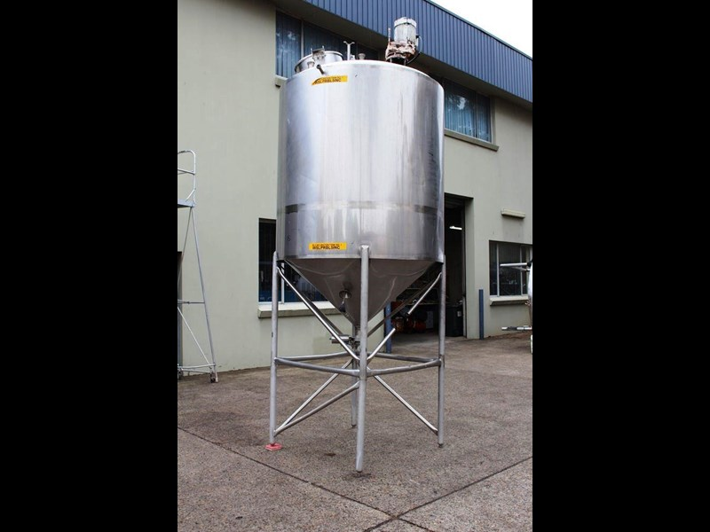 stainless steel mixing tank 3,000lt 422545 005