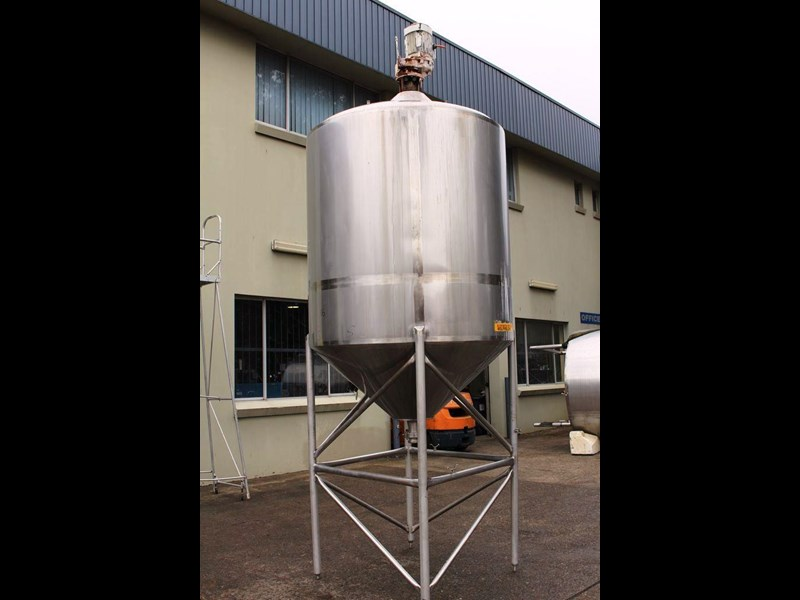 stainless steel mixing tank 3,000lt 422546 005