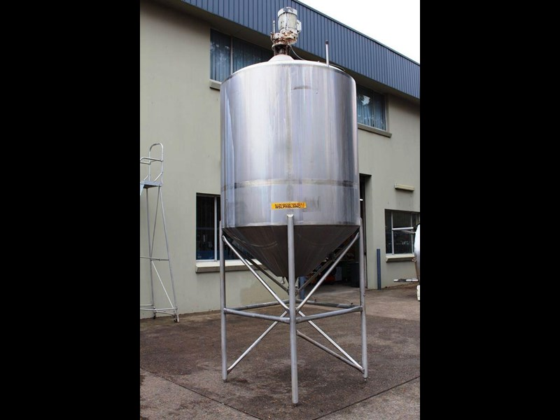 stainless steel mixing tank 3,000lt 422555 005