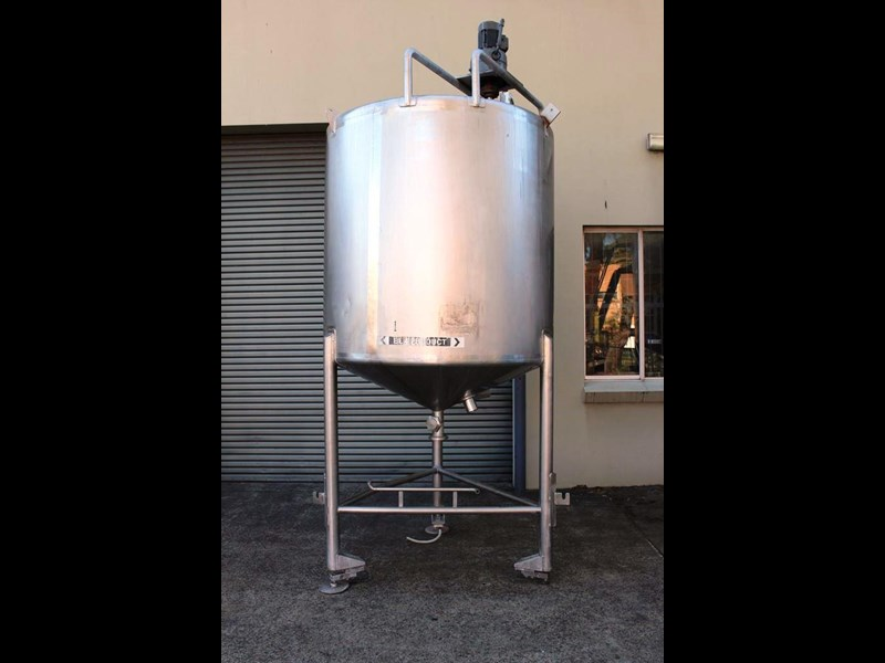 stainless steel mixing tank 3,000lt 422568 001