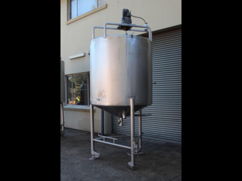 stainless steel mixing tank 3,000lt 422568 005