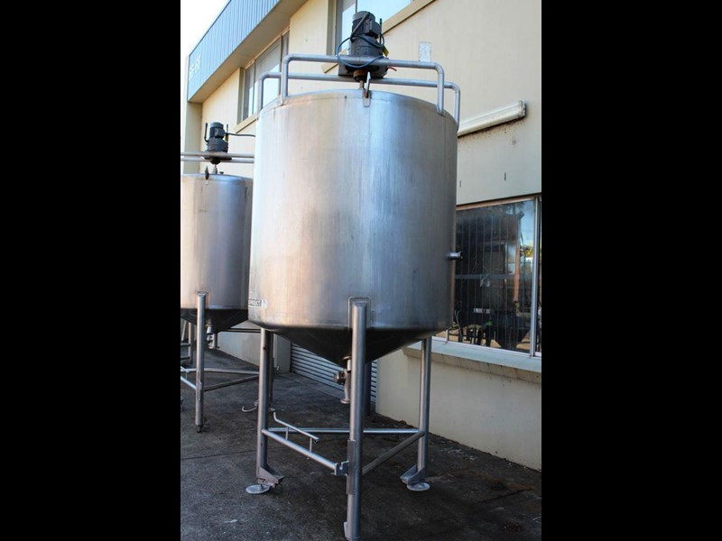 stainless steel mixing tank vertical 422569 003