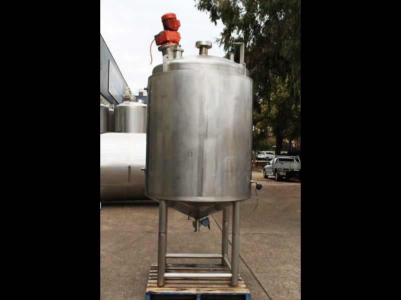 apv stainless steel jacketed mixing tank 422583 001
