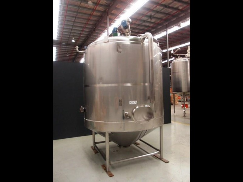 stainless steel jacketed mixing tank vertical 419875 006