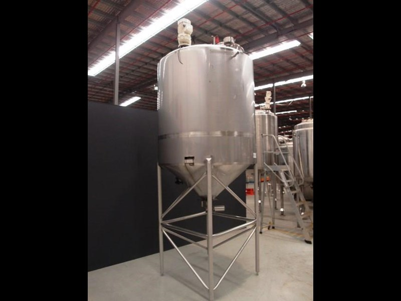 stainless steel mixing tank 3,000lt 419871 001