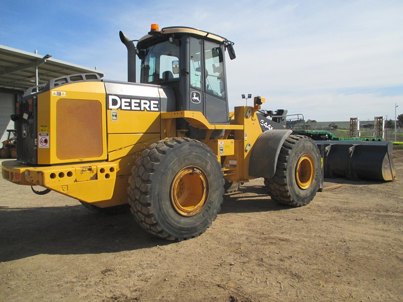 john deere 644k (also available for hire) 423084 007
