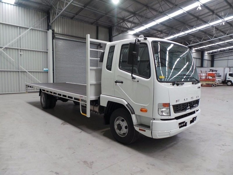 fuso fighter 1024 336843 026