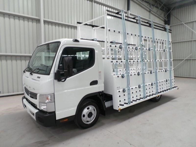 fuso canter 515 wide cab 379610 041