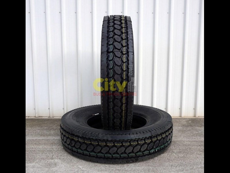 windforce 11r22.5 wd2000 deep tread drive tyre 423995 001