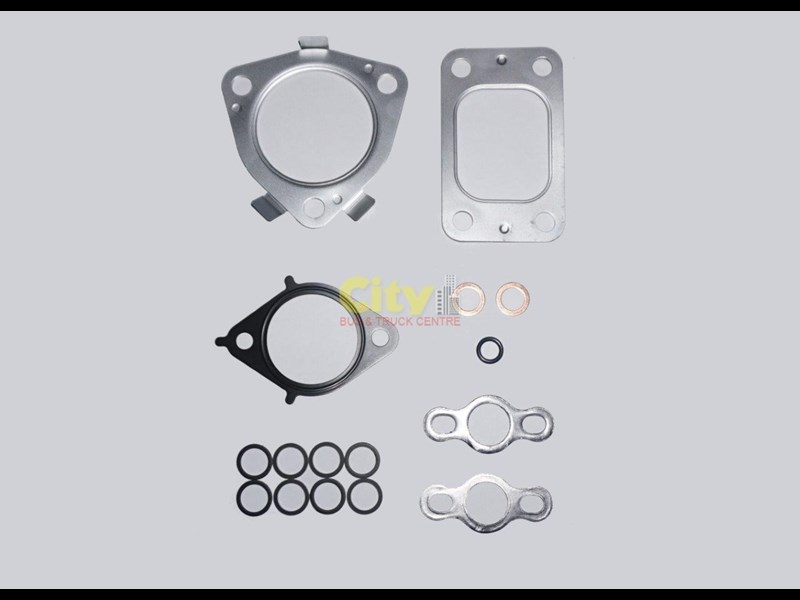 toyota coaster n04ct turbocharger & gasket kit 424767 007