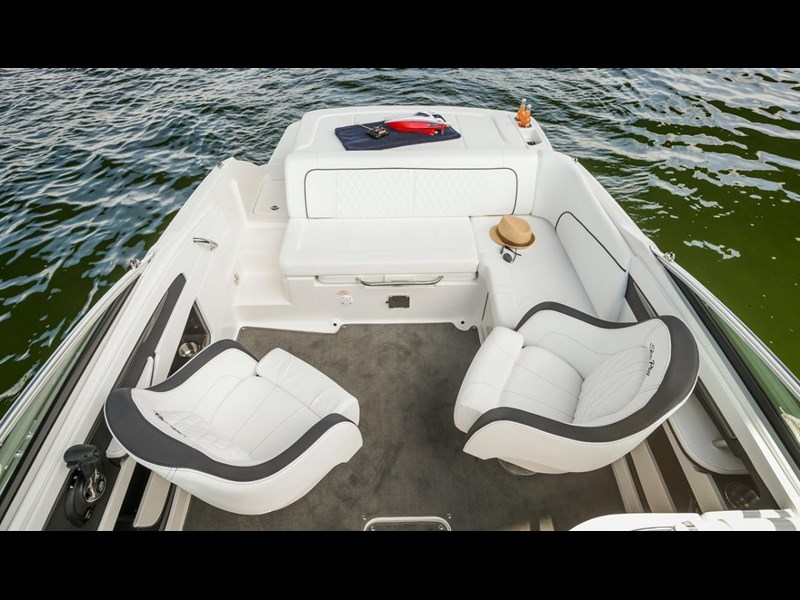 sea ray 220 sundeck 295890 041