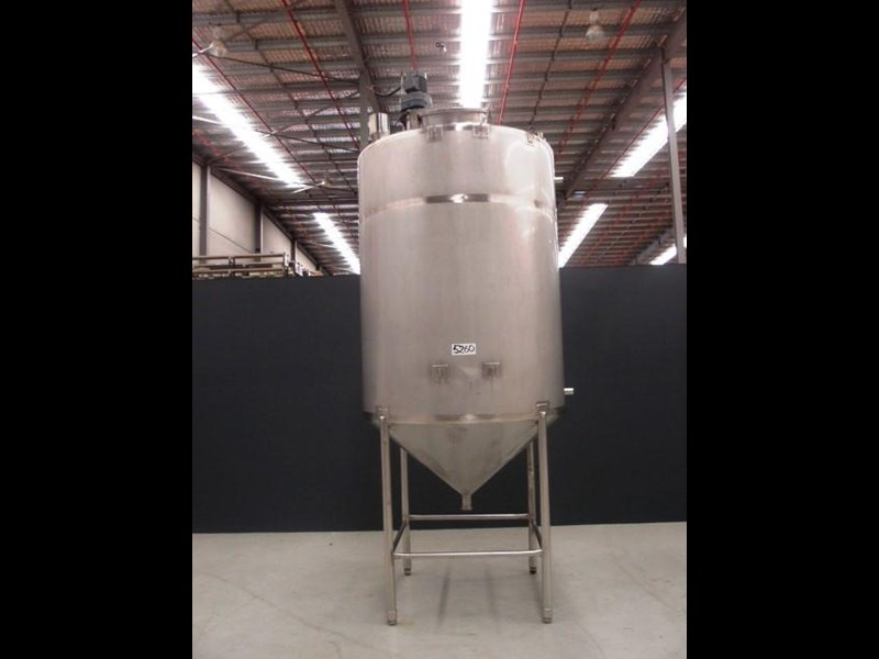 stainless steel mixing tank 4,000lt 425197 001