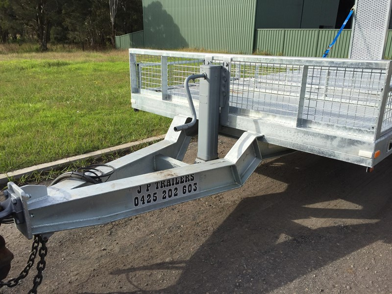 jp trailers galvanised mini tag trailer plus brown tipper 425289 003