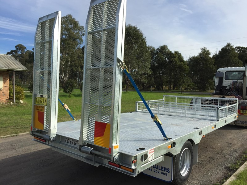 jp trailers galvanised mini tag trailer plus brown tipper 425289 013