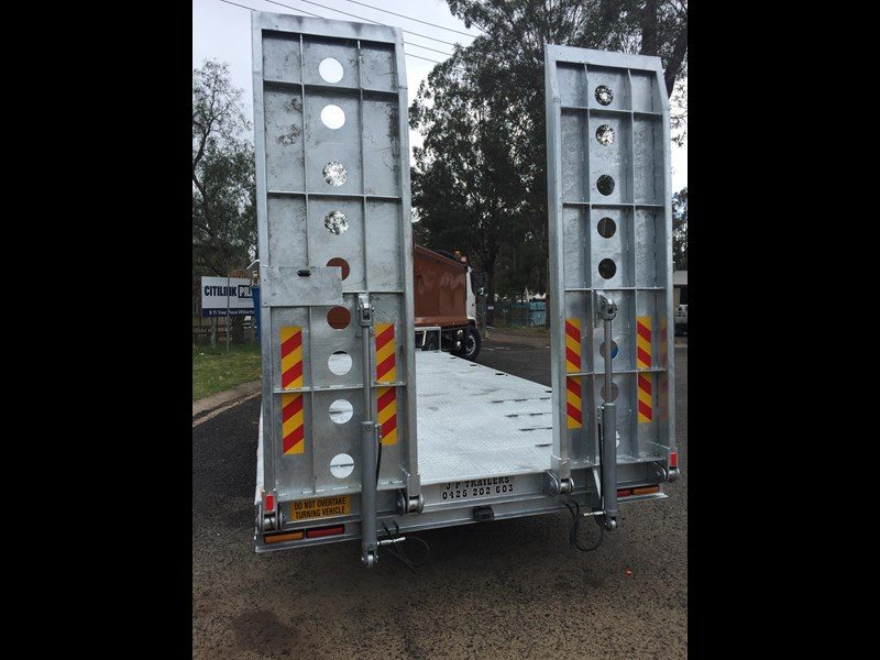 jp trailers galvanised mini tag trailer plus brown tipper 425289 061