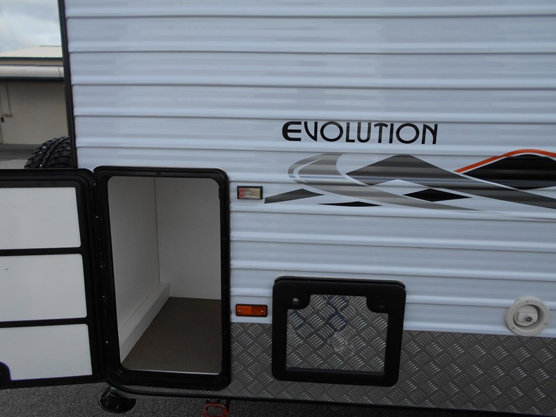 evolution luxliner 425384 006