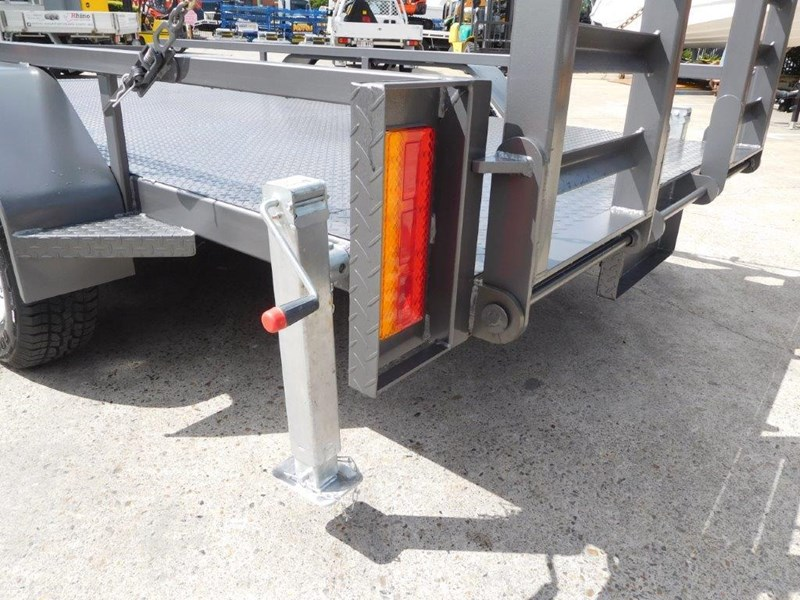 interstate trailers 4.5 ton plant trailer 236240 025
