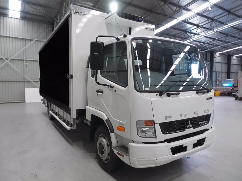 fuso fighter 1224 426015 007