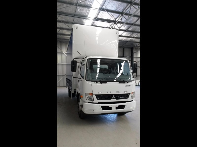 fuso fighter 1424 231636 021