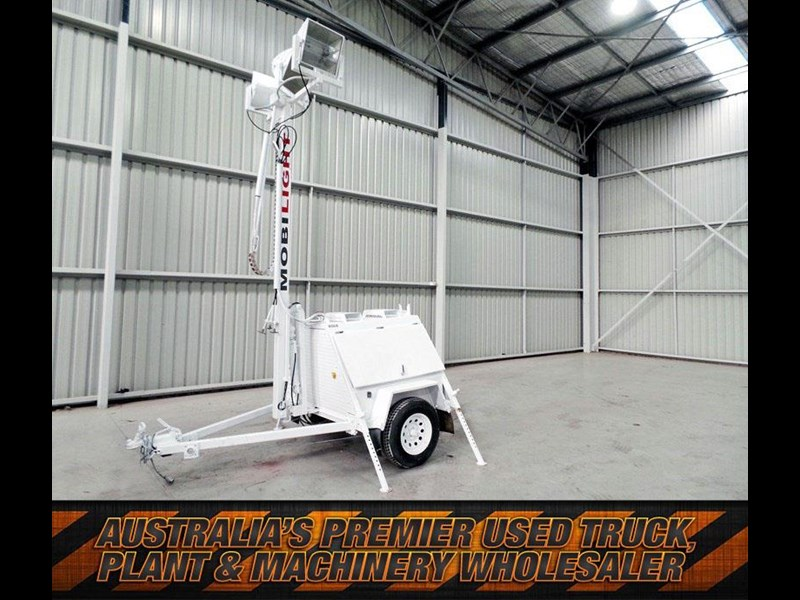 mobilight 4500 watt lighting tower 402853 001