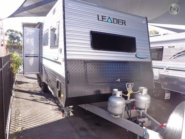 leader caravans palladium 23 ensuite slide out bedroom 427203 005