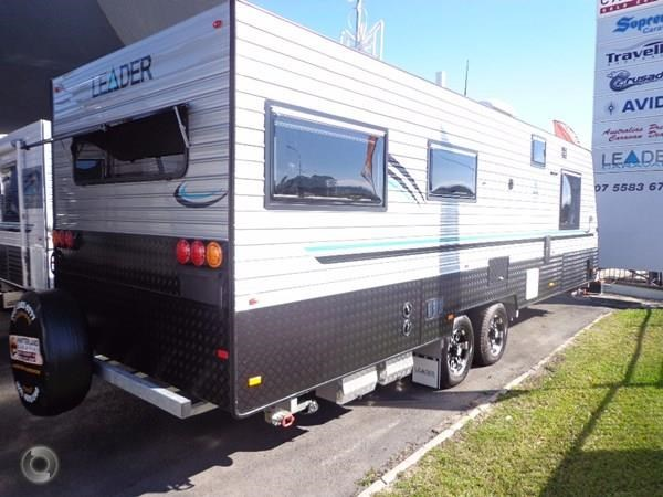 leader caravans palladium 24 centre ensuite club lounge 427209 003