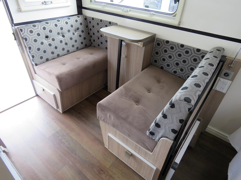 eco tourer 420 (mini eco) off road double bed model 427229 010