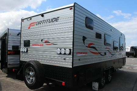 fortitude caravans entertainer 427682 005