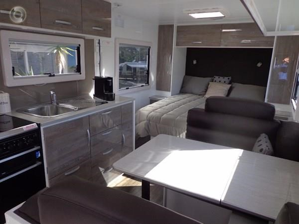 leader caravans 19' gold ensuite 427716 023