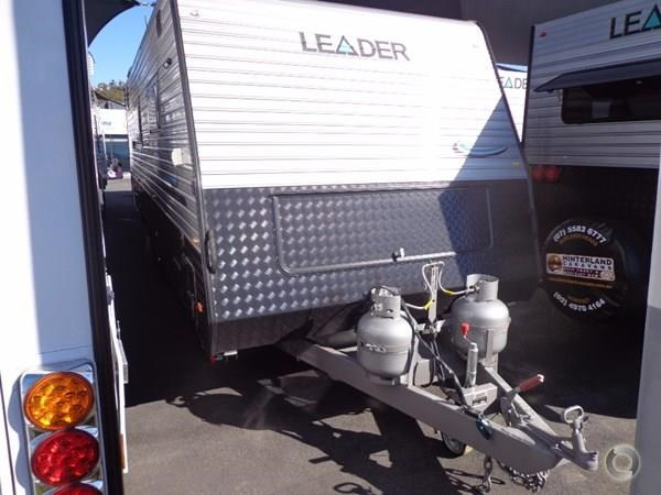 leader caravans palladium 22'6 ensuite east west bed club lounge 427725 027
