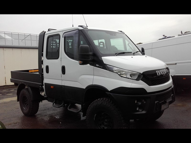 iveco daily 55s17dw 338255 013