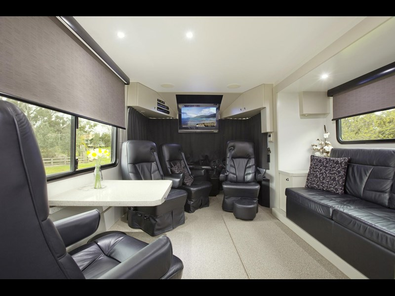 man majestic motorhomes 'ultimate' 339370 023